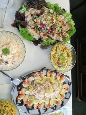 Achill Head Hotel: Selection of Foods on Seafood Buffet