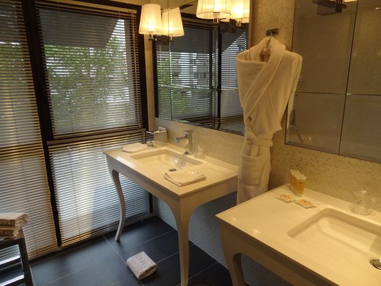 Hotel Burdigala Bordeaux - MGallery Collection: Nice bathroom
