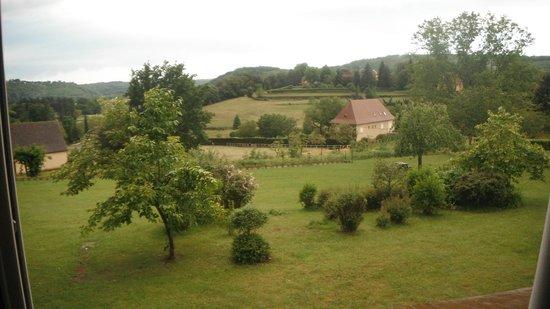 Hotel Le Clos Roussillon: Vista do quarto