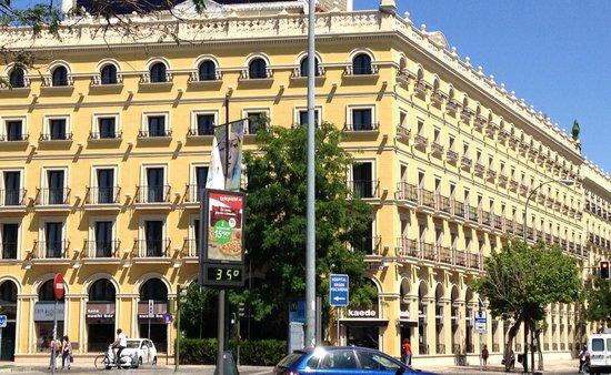 Tryp Sevilla Macarena Hotel: Foto hotel