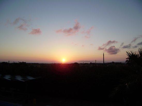 Villa Carlo Resort : tramonto vista hotel