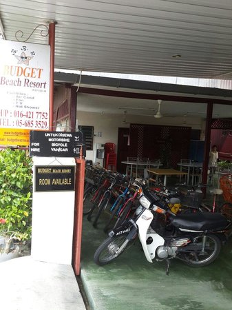 Budget Beach Resort: Lobby - motorcycle/bike for rent