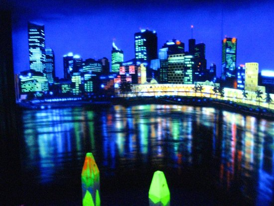 Glow Golf Docklands