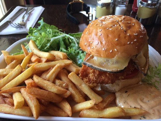 Le Saint Germain: Chicken Burger!!!!!