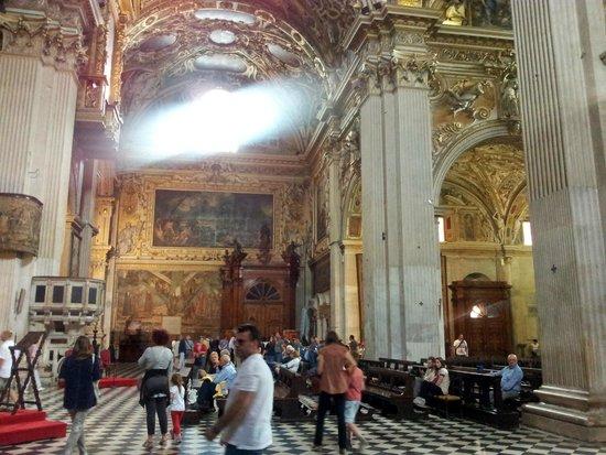 Basilica di Santa Maria Maggiore: view from inside