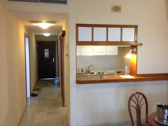 HOVIMA La Pinta: Кухня+коридор