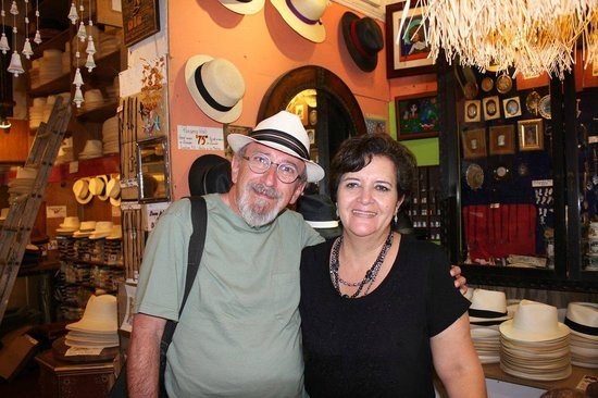 Ole Curiosidades: My new Panama hat and the lovely woman who custom fit it for me.
