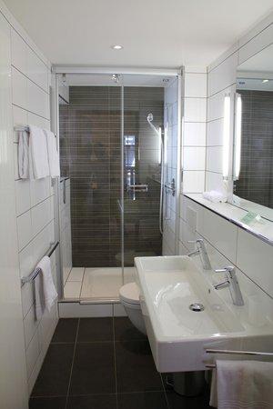 Hotel Testa Grigia : Beautiful Modern Bathroom