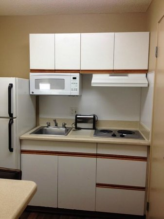 Extended Stay America - Orange County - Brea: kitchen - small but just right...