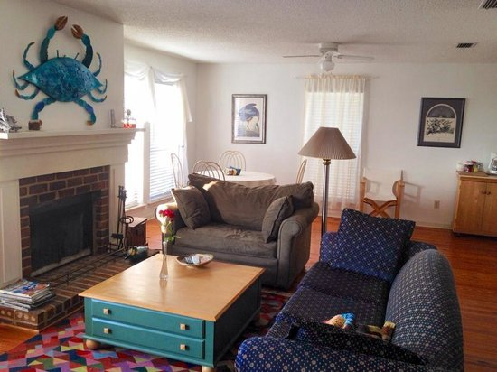cute and cozy picture of dauphin island willow tree cottage rh tripadvisor ca