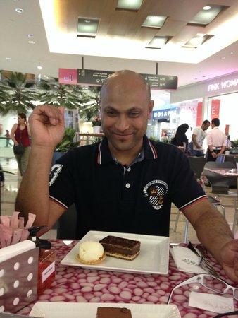 Al Ghurair Rayhaan Dubai: yummy cakes