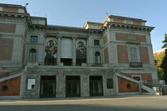 Hotel Paseo del Arte : R-S