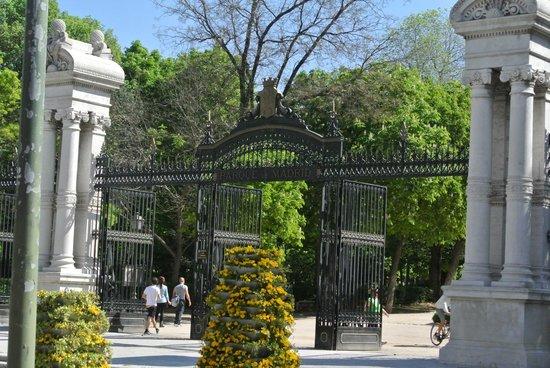 Hotel Paseo del Arte : Park