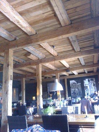 Hangon Makaronitehdas OY: Restaurant