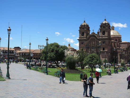 Plaza de Armas (Huacaypata): 1