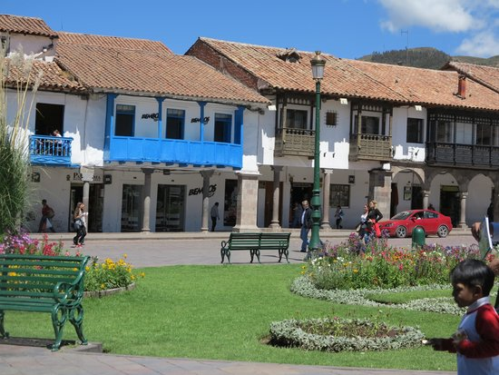 Plaza de Armas (Huacaypata): 2