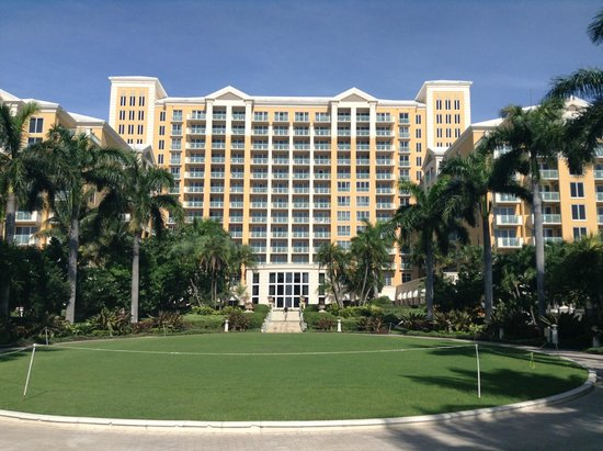 the hotel picture of the ritz carlton key biscayne. Black Bedroom Furniture Sets. Home Design Ideas