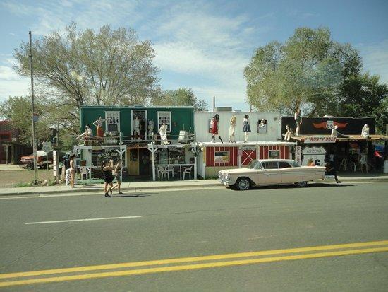 Angel & Vilma Delgadillo's Route 66 Gift Shop & Visitor's Center: Seligman