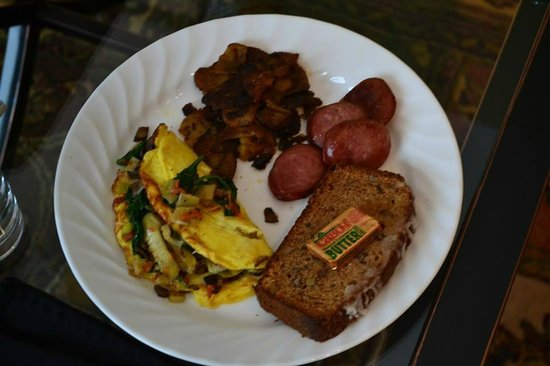 Maine Stay Inn and Cottages: Breakfast delivered to room