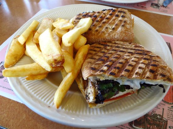 Carle Place Diner: French dip