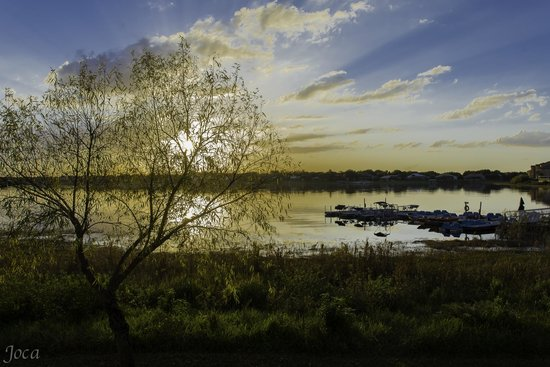 Westgate Lakes Resort & Spa: Por do sol no lago do resort