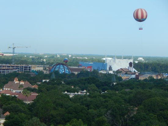 Blue Heron Beach Resort: View of Downtown Disney