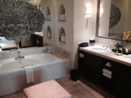 Residence & Spa at One&Only Royal Mirage Dubai: Bathroom