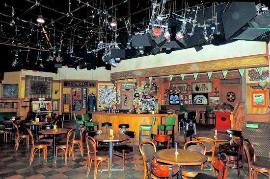 Warner Bros. Studio Tour Hollywood: Sullivan and Son set
