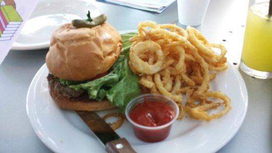 Bejas Patio Bistro : Bejas burger