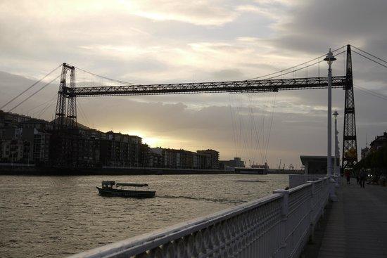 Puente Bizkaia : puente de Vizcaya