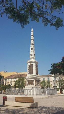 Plaza de la Merced: Mitten auf dem Platz.