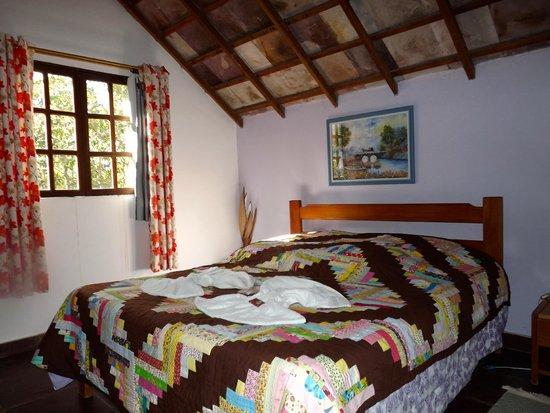 Castelar da Alvorada: Comfy bedroom.