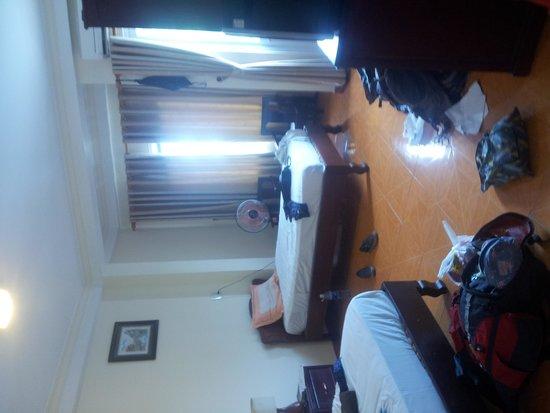 Lam Bao Long Hotel : our triple room