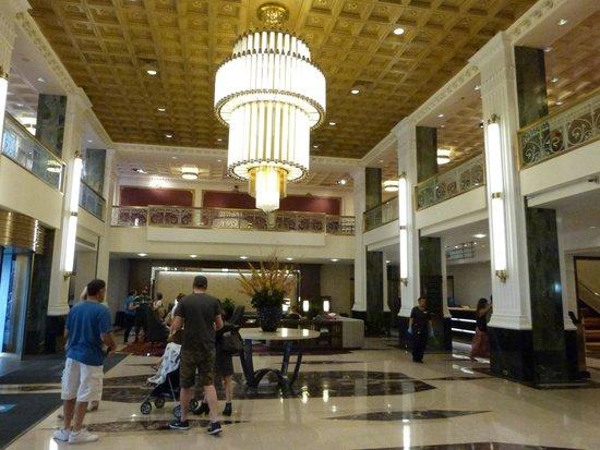 The New Yorker A Wyndham Hotel: Lobby