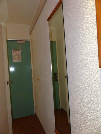 Ibis Auxerre Sud : m