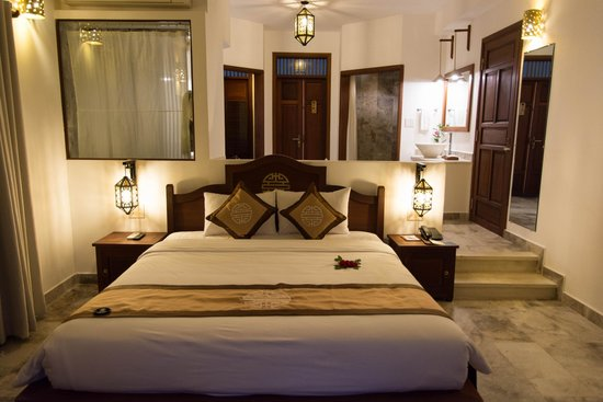 Hoi An Ancient House Village Resort and Spa: chambre