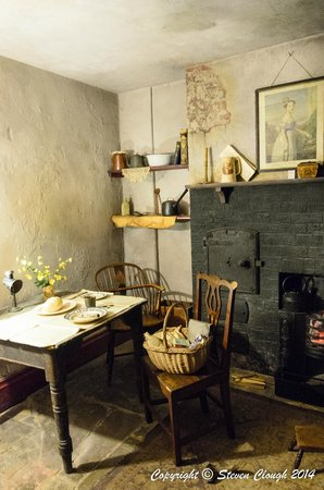 York Castle Museum: Living in York in the olden days