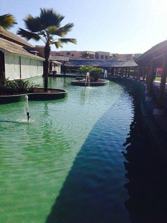 Iberostar Praia do Forte : CORREDOR INTERNO DEL HOTEL