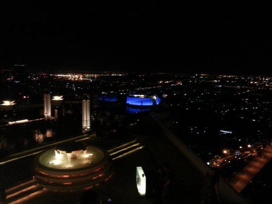 lebua at State Tower : Il Bar panoramico