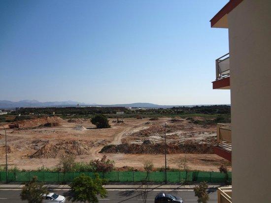 Hotel Helios Mallorca: Вид на аэропорт