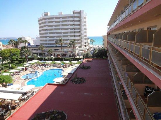 Hotel Helios Mallorca: Вид с балкона ранним вечером