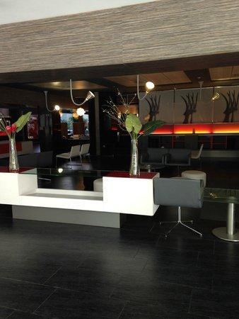 Ilunion Barcelona: lobby