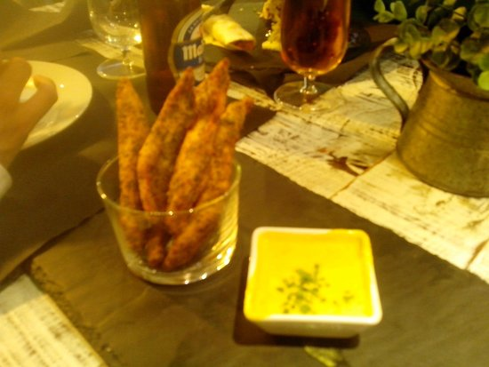 Charlotte Gastrobar & Café: .
