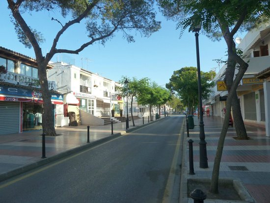 Hostal de la Caravel-la II: Calle Boulevard