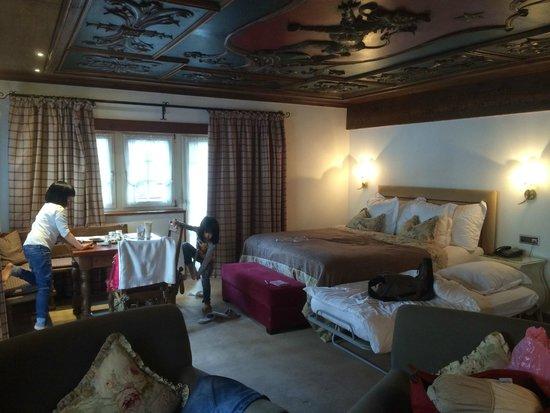 Schlosshotel: Castle theme boutique junior suite