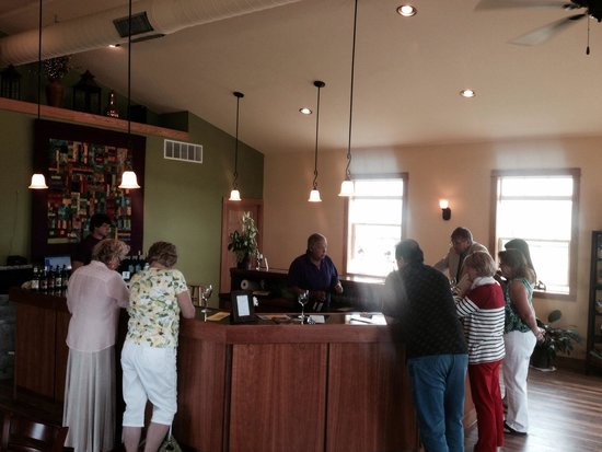 Branches Winery : Tasting room