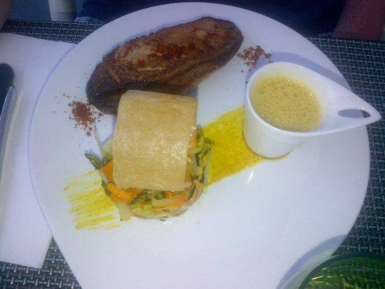 Restaurant L2 : Filet de canard rôti, parfum de saté, curry et citronnelle, fondue de  légumes printaniers