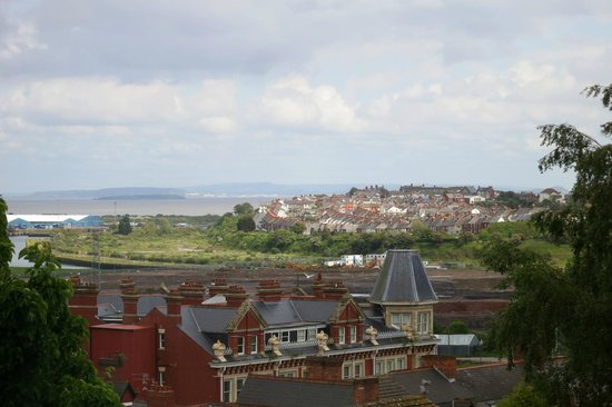 Aberthaw House Hotel: View of Barry Island from Room 2