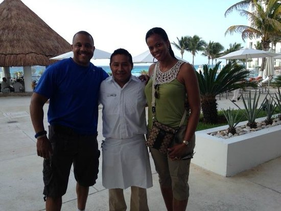 Le Blanc Spa Resort: Armando the waiter