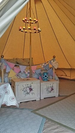 Runswick Bay Caravan and Camping Park: Our new Glamping tent